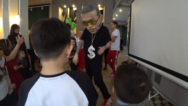 Шоу Just Dance в Астане
